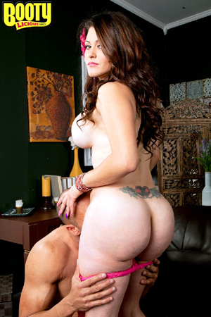 Big Tits MILF Hardcore Fucking